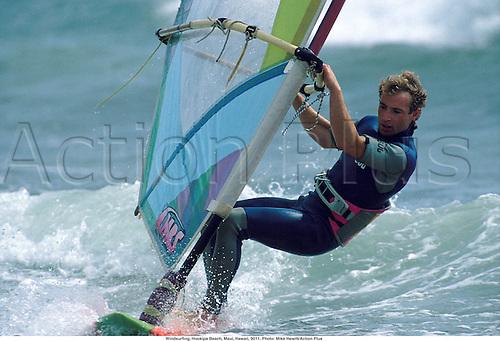 Windsurfing, Hookipa Beach, Maui, Hawaii, 9011. Photo: Mike Hewitt/Action Plus...1990.watersports.windsurf.windsurfer.water sport.water sports.watersport
