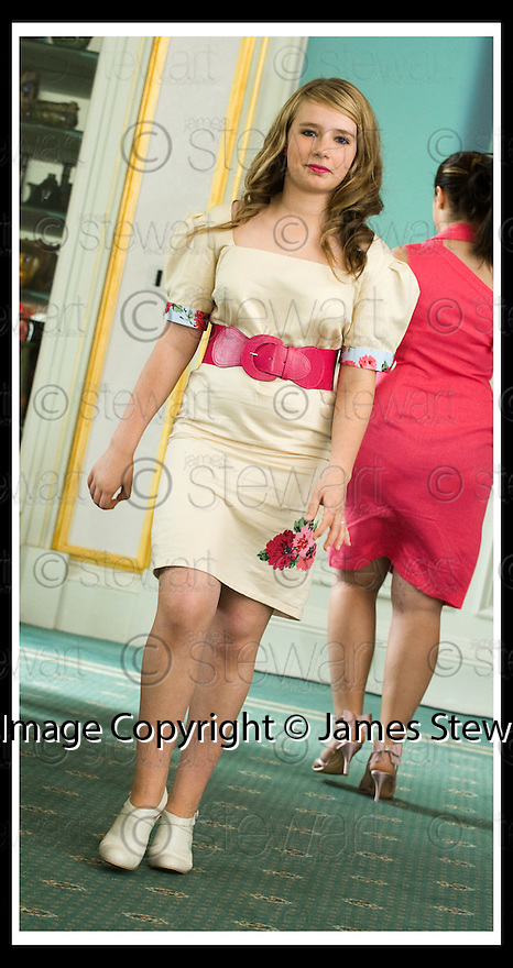 01/07/2008  Copyright Pic: James Stewart.File Name : 24_school_fashion.PRET A PORTER : FASHION SHOW.CALLENDAR HOUSE.James Stewart Photo Agency 19 Carronlea Drive, Falkirk. FK2 8DN      Vat Reg No. 607 6932 25.Studio      : +44 (0)1324 611191 .Mobile      : +44 (0)7721 416997.E-mail  :  jim@jspa.co.uk.If you require further information then contact Jim Stewart on any of the numbers above........