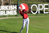 Haotong Li (CHN) plays his 2nd shot on the 18th hole during Thursday's Round 1 of the 2018 Turkish Airlines Open hosted by Regnum Carya Golf &amp; Spa Resort, Antalya, Turkey. 1st November 2018.<br /> Picture: Eoin Clarke | Golffile<br /> <br /> <br /> All photos usage must carry mandatory copyright credit (&copy; Golffile | Eoin Clarke)
