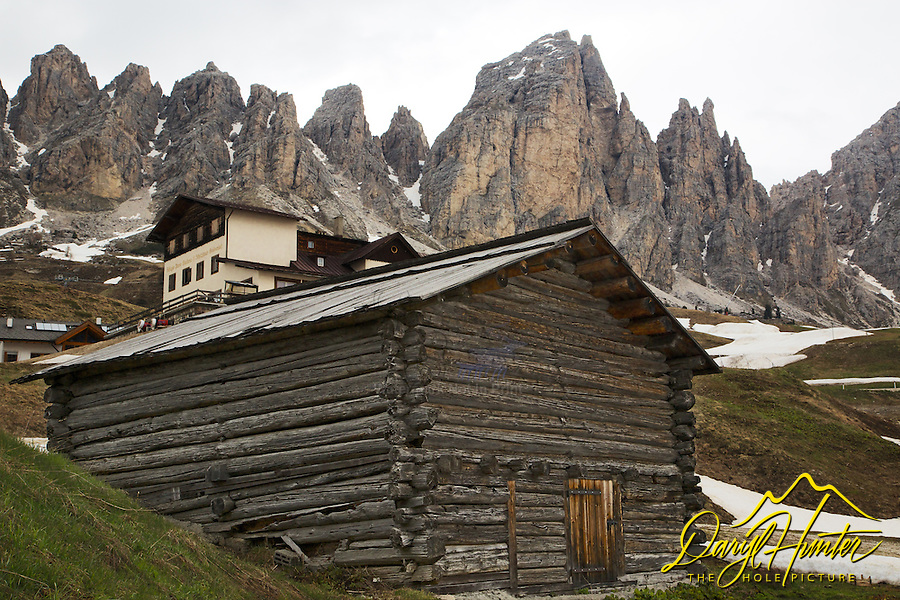 Log building, Gardena Pass, Dolomite Mountains, South Tyrol, Italy