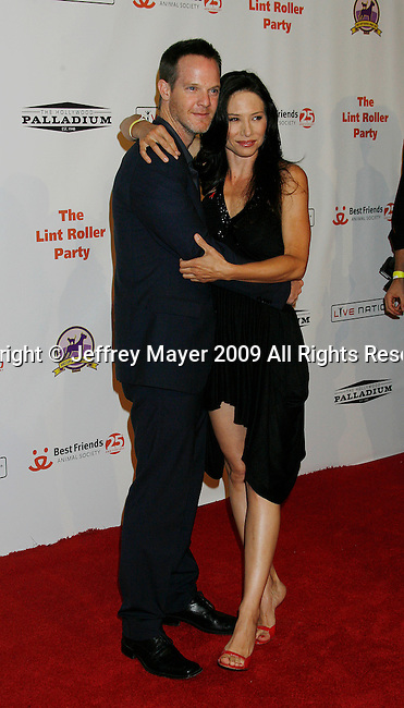 HOLLYWOOD, CA. - October 03: Jason Gray-Stanford and Sarah Brown arrive at the Best Friends Animal Society's 2009 Lint Roller Party at the Hollywood Palladium on October 3, 2009 in Hollywood, California.