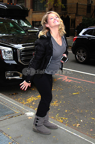 NEW YOK, NY - NOVEMBER 9: Sara Haines  seen in New York City on November 9, 2017. Credit: RW/MediaPunch