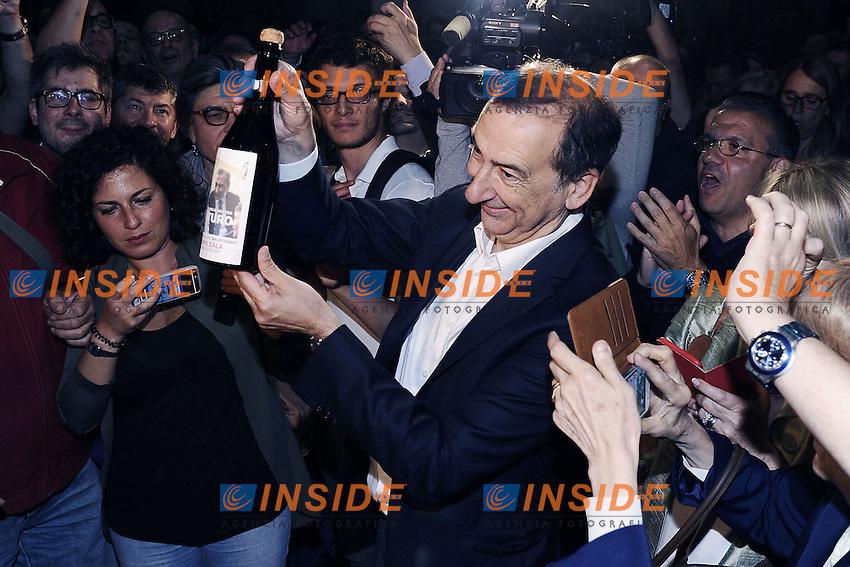 Giuseppe Sala brinda<br /> Milano 19-06-2016 Elezioni comunali 2016 ballottaggio.  Festeggiamenti a Palazzo Marino<br /> foto Daniele Buffa/Image/Insidefoto