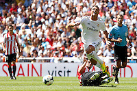 Real Madrid's Cristiano Ronaldo and Athletic Club's Benat  during La Liga Match. September 01, 2013. (ALTERPHOTOS/Caro Marin) <br /> Football Calcio 2013/2014<br /> La Liga Spagna<br /> Foto Alterphotos / Insidefoto <br /> ITALY ONLY