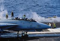 "- US Navy, Kennedy aircraft carrier, launch of a F 14 ""Tomcat"" fighter aircraft <br /> <br /> - US Navy, portaerei Kennedy, lancio di un aereo da caccia F 14 ""Tomcat"""