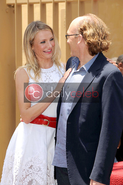 Cameron Diaz and Chuck Russell<br />at the Ceremony honoring Cameron Diaz with a Star on the Hollywood Walk of Fame. Hollywood Boulevard, Hollywood, CA. 06-22-09<br />Dave Edwards/DailyCeleb.com 818-249-4998