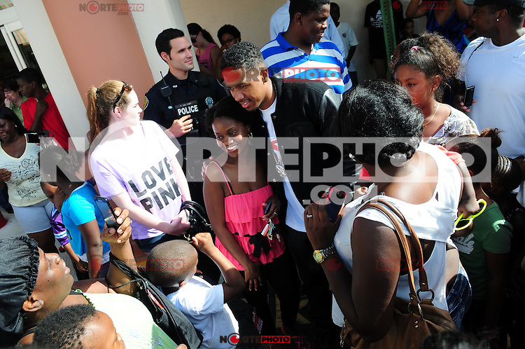 "FORT LAUDERDALE, FL - AUGUST 16: ""America's Got Talent"" host Nick Cannon teamed up with Office Depot to to donate 20,000 backpacks to children in South Florida on August 16, 2012 in Fort Lauderdale, Florida.  (photo by: MPI10/MediaPunch Inc.) /NortePhoto.com<br />