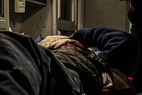 Al menos tres familiares heridos de bala entre ellos una mujer embarazada devido a una riña familiar a causa de celos en un hogar de la colonia Cafe Combate.<br /> <br /> BALEADOS-BALACERA EN LA COMBATE