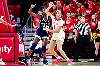College Park, MD - NOV 29, 2017: Maryland Terrapins forward Shakira Austin (1) fights for position against Georgia Tech Yellow Jackets forward Liz Dixon (22) during ACC/Big Ten Challenge game between Gerogia Tech and the No. 7 ranked Maryland Terrapins. Maryland defeated The Yellow Jackets 67-54 at the XFINITY Center in College Park, MD.  (Photo by Phil Peters/Media Images International)