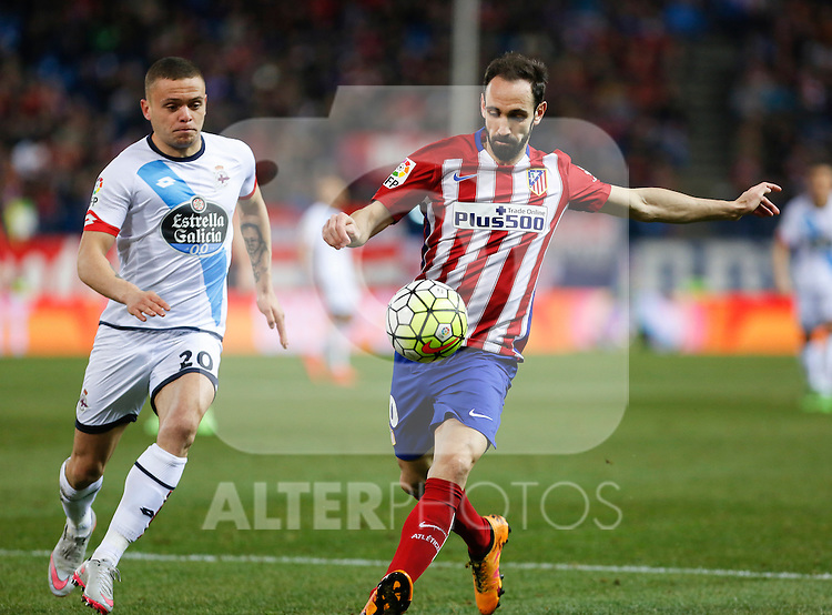 Atletico de Madrid´s Juanfran and Deportivo de la Coruna´s Jonathan during 2015-16 La Liga match between Atletico de Madrid and Deportivo de la Coruna at Vicente Calderon stadium in Madrid, Spain. March 12, 2016. (ALTERPHOTOS/Victor Blanco)