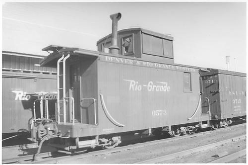 Short caboose #0573.<br /> D&amp;RGW