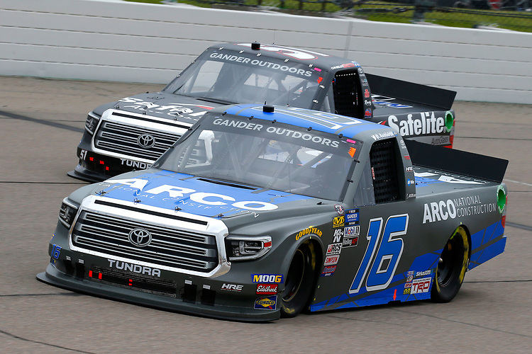 #16: Austin Hill, Hattori Racing Enterprises, Toyota Tundra ARCO National Construction and #51: Chandler Smith, Kyle Busch Motorsports, Toyota Tundra Toyota Safelite AutoGlass