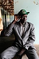 SOUTH SUDAN  Bahr al Ghazal region , Lakes State, village Mapourdit, man imitating a camera man / SUED-SUDAN  Bahr el Ghazal region , Lakes State, Dorf Mapourdit , Mann imitiert einen Kameramann