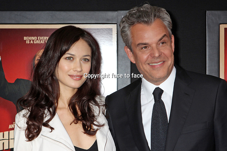"""Danny Huston and girlfriend Olga Kurylenko attend the premiere of """"Hitchcock"""" at The Ziegfeld Theatre in New York, 18.11.2012. Credit: Rolf Mueller/face to face..Credit: Rolf Mueller/face to face"""