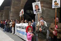 Paesi Baschi, Durango.Maggio 2008.Manifestazione per la liberazione dei prigionieri politici accusati di essere membri e attivisti dell'ETA ..Basque Country, Durango.May 2008.Demonstration for the release of political prisoners and activists accused of being members of ETA