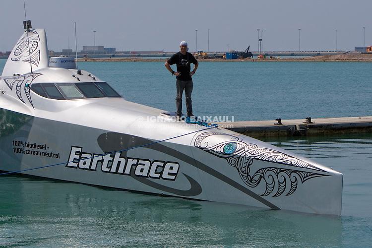 Pete Bethune on boat. Earthrace departure from Vulkan Shipyard, 21/1/2008 Puerto de Sagunto, Valencia, Spain