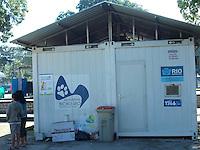 Rio de Janeiro(RJ) 10.07.2012. Consultorio Veterinário/Esterização - Consultorio veterianário da prefeitura da cidade do rio de janeiro,na praça seca,zona oeste da cidade,que faz esterilização de gatos e cachorros gratuitamente.Foto:Arion Marinho/Brazil Photo Press