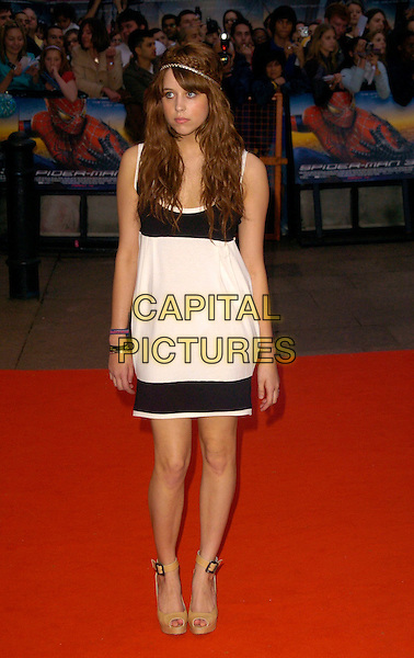 """PEACHES GELDOF.The UK premiere of """"Spider-Man 3"""", Odeon Leicester Square cinema, London, UK. .April 23rd, 2007 .spiderman spider man full length black white dress beige platform shoes headband .CAP/CAN.©Can Nguyen/Capital Pictures"""