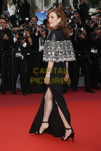Julianne Moore attends the LES MISÉRABLES premiere -72nd annual Cannes Film Festival  Cannes France on May 15 2019.<br /> CAP/GOL<br /> ©GOL/Capital Pictures
