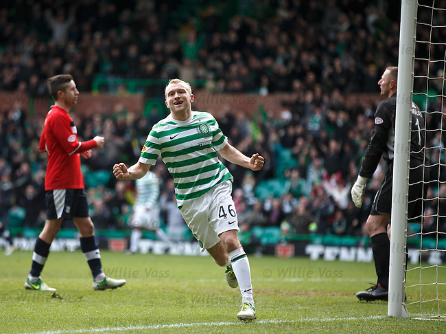 Dylan McGeouch celebrates his goal for Celtic
