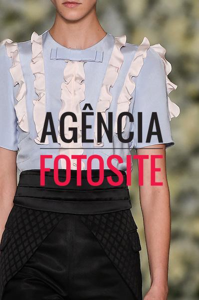 Reinaldo Louren&ccedil;o<br /> <br /> S&atilde;o Paulo Fashion Week- Ver&atilde;o 2016<br /> Abril/2015<br /> <br /> foto: Marcelo Soubhia/ Ag&ecirc;ncia Fotosite