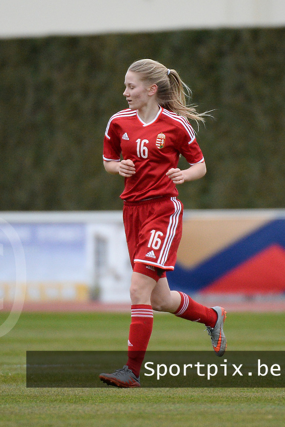 20160319 - BAYEUX , FRANCE : Hungarian Katalin Timea Tolnai pictured during the soccer match between the women under 17 teams of The Republic of Ireland and Hungary , on the first matchday in group 3 of the UEFA Women Under17 Elite rounds at Stade Henry Jeanne in Bayeux , France . Saturday 19th March 2016 . PHOTO DIRK VUYLSTEKE