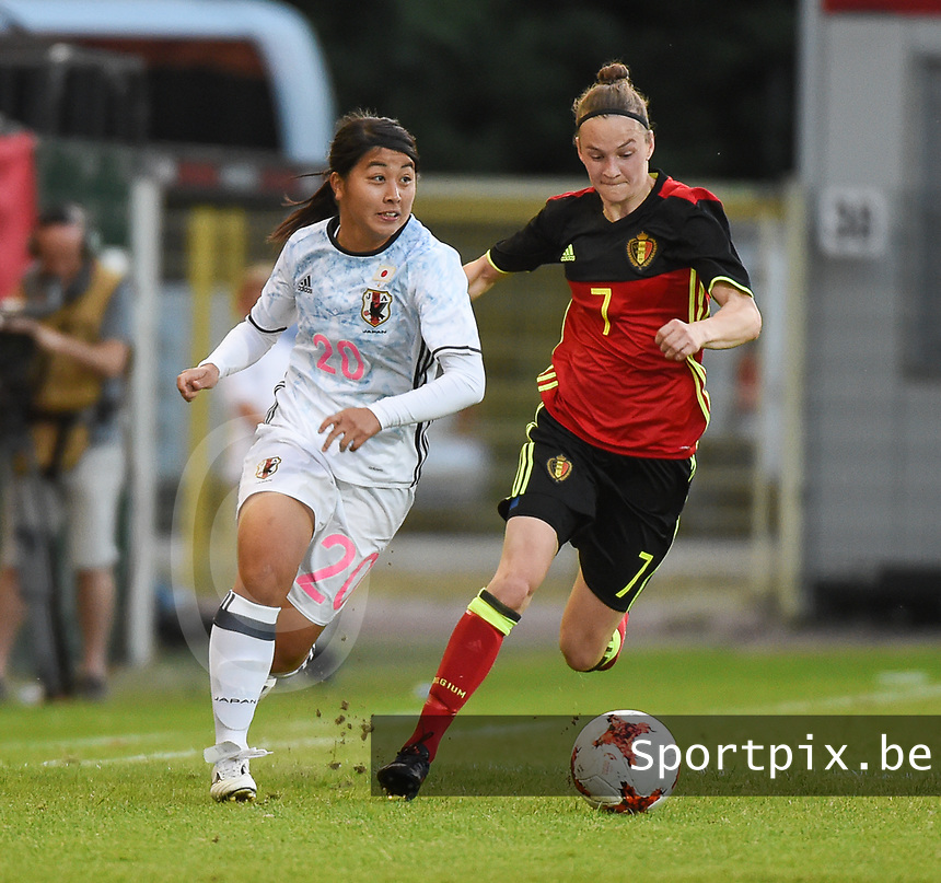 20170613 - LEUVEN ,  BELGIUM : Belgian Elke Van Gorp (R) and Japanese Ayumi Oya (L) pictured during the female soccer game between the Belgian Red Flames and Japan , a friendly game before the European Championship in The Netherlands 2017  , Tuesday 13 th Juin 2017 at Stadion Den Dreef  in Leuven , Belgium. PHOTO SPORTPIX.BE | DIRK VUYLSTEKE