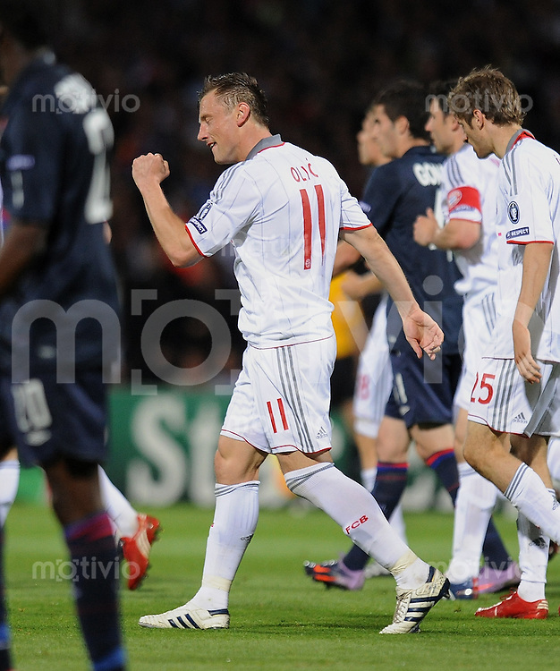 FUSSBALL  International  Champions League  Rueckspiel SAISON 2009/2010    Olympique lyon - FC Bayern  Muenchen      27.04.2010 JUBEL FCB Torschuetze zum 0-1 Ivica Olic