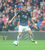Burnley's Jack Cork<br /> <br /> Photographer Kevin Barnes/CameraSport<br /> <br /> The Premier League - Southampton v Burnley - Sunday August 12th 2018 - St Mary's Stadium - Southampton<br /> <br /> World Copyright &copy; 2018 CameraSport. All rights reserved. 43 Linden Ave. Countesthorpe. Leicester. England. LE8 5PG - Tel: +44 (0) 116 277 4147 - admin@camerasport.com - www.camerasport.com