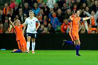 GRONINGEN -  Voetbal, Nederland - Noorwegen, Noordlease stadion, WK kwalificatie vrouwen, 24-10-2017,   Nederland speelster Sherida Spitse juicht na de 1-0 zege