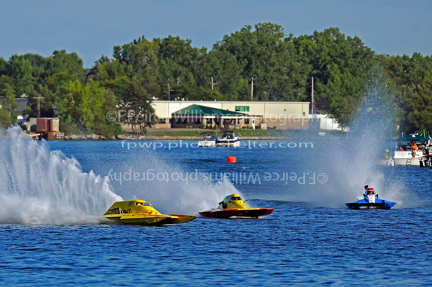 "(L to R): Tony Black, NM-100 ""Sum Toy"", Keith McKnight, NM-32 ""All Jacked Up"" and A-8 (National Mod hydroplane(s)"