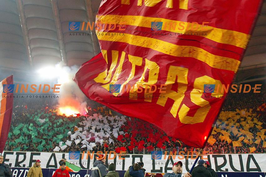 Roma 8/2/2004 Roma Juventus 4-0<br /> La curva dei tifosi della Roma prima della partita<br /> Photo Andrea Staccioli Insidefoto