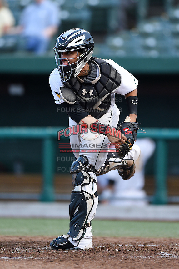 South Bend Silver Hawks catcher Michael Perez (7) throws down to second in between innings during a game against the Dayton Dragons on August 20, 2014 at Four Winds Field in South Bend, Indiana.  Dayton defeated South Bend 5-3.  (Mike Janes/Four Seam Images)