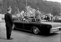 Visite du general Charles  DeGaulle,<br /> le 23 juillet 1967, a Quebec<br /> <br /> Photographe : Photo Moderne<br /> - Agence Quebec Presse