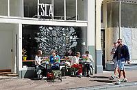 Nederland Amsterdam - 2018. Restaurant SLA op de Haarlemmerdijk. Bij SLA speelt groente de hoofdrol.  Foto Berlinda van Dam / Hollandse Hoogte