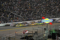 Matt Kenseth (#17) and teammate Greg Biffle (#16) head the field with 19 laps to go.
