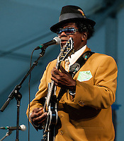 Rockie Charles plays at Jazz Fest 2009, Day 3.