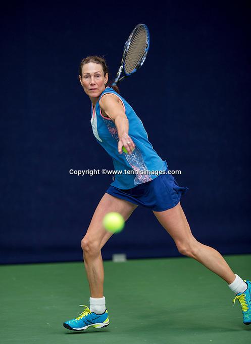 Hilversum, The Netherlands, March 12, 2016,  Tulip Tennis Center, NOVK, Carole de Bruin (NED)<br /> Photo: Tennisimages/Henk Koster