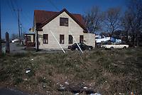 1990 March ..Conservation.Berkley 3..Poor Housing..Mahone Avenue...NEG#.NRHA#..