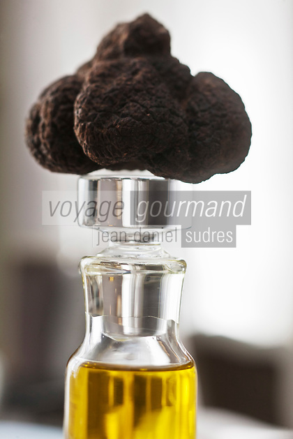 Europe/France/Provence-Alpes-Côte d'Azur/06/Alpes-Maritimes/Grasse: Truffe noire et l'huile d'olive de  La Bastide Saint-Antoine , deux produits que Jacques Chibois aime marier