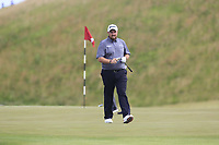 Shane Lowry (IRL) on the 4th green during Friday's Round 2 of the 117th U.S. Open Championship 2017 held at Erin Hills, Erin, Wisconsin, USA. 16th June 2017.<br /> Picture: Eoin Clarke | Golffile<br /> <br /> <br /> All photos usage must carry mandatory copyright credit (&copy; Golffile | Eoin Clarke)