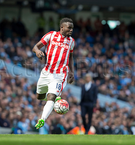 23.04.2016. Etihad Stadium, Manchester, England. Barclays Premier League. Manchester City versus Stoke City.  Stoke City striker Mame Biram Diouf on the attack with the ball.