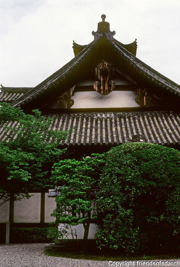 Kyoto: Myohoin Temple. Photo '81.