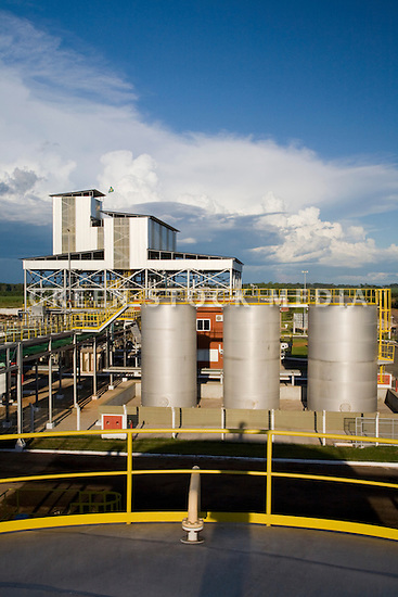 Barralcool, in the state of Mato Grosso, Brazil, is the world's first integrated ethanol, biodiesel, and sugar refinery plant. Refined sugar and ethanol is produced from sugar cane. The ethanol is mixed with animal fat or soy bean oil to produce biodiesel and glycerine. Bagasse, left over cane stalks, is burned as biomass fuel that generates steam and electrical energy to run the plant. Contact Green Stock Media to view additional images from this photo shoot. Image size: 4368 x 2912 pixels, very high resolution, 12.8 megapixels