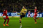 11.03.2018, Signal Iduna Park, Dortmund, GER, 1.FBL, Borussia Dortmund vs Eintracht Frankfurt, <br /> <br /> im Bild | picture shows:<br /> Marcel Schmelzer (Borussia Dortmund #29) kl&auml;rt vor Danny da Costa (Eintracht Frankfurt #24), <br /> <br /> <br /> Foto &copy; nordphoto / Rauch