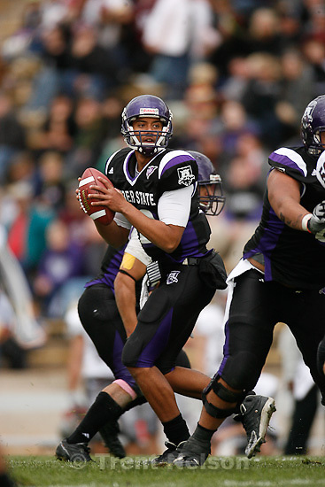 Trent Nelson  |  The Salt Lake Tribune.Weber State quarterback Cameron Higgins during the first half, Weber State vs. Montana, college football Saturday, October 30, 2010.