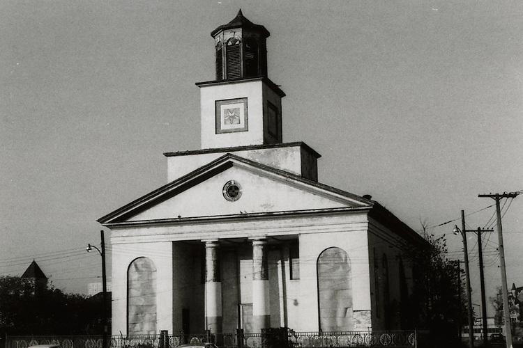 1965 October 01..Conservation.Downtown North (R-8)..Bank Street Baptist Church.501 Bank Street...NEG#.NRHA#..