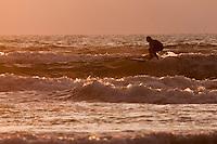 Europe/France/Aquitaine/64/Pyrénées-Atlantiques/Pays-Basque/Biarritz: Surf  - Plage de la Côte des Basques