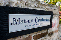 Maison Couturier Wallpaper
