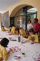 Europe/France/Languedoc-Roussillon/66/Pyrénées-Orientales/Céret: Fête de la cerise - Concours de dessins d'enfants au musée d'Art Moderne